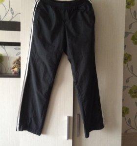 Продаю спортивные штаны Адидас с подкладкой!