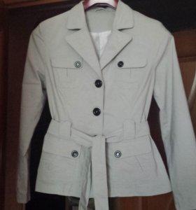 Пиджак или легкая курточка 48р-р