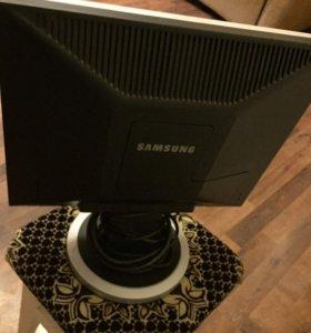 Монитор Samsung SyncMaster 740n