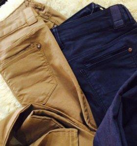 Бежевые джинсы Bershka