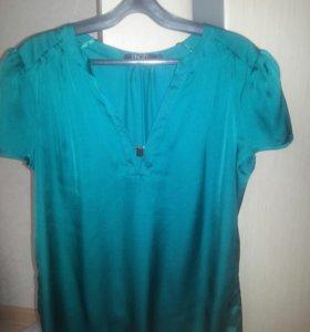 Атласная блузка 42 размера.