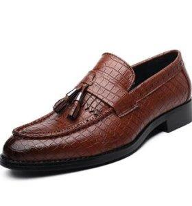 Мужские новые шикарные туфли