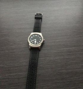 Часы LG Urbane