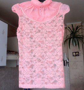 Новая блуза!очень красивого нежно-персикого цвета.