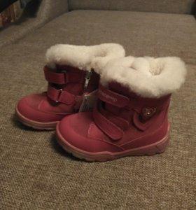 Ботинки новые зимние 25 размер