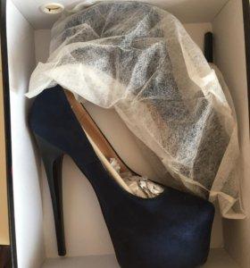 Туфли 36 р-р новые