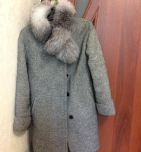 Зимнее шерстяное пальто. Размер 44
