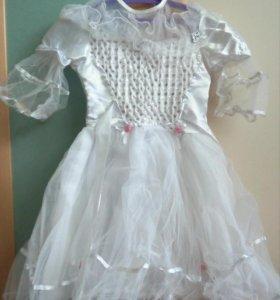 Платье на девочку б/у 1 раз