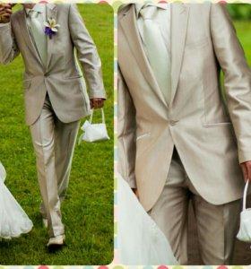 Свадебный костюм (беж)