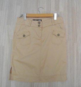 Бежевая юбка 44 размер адилишик в идеальном состоя