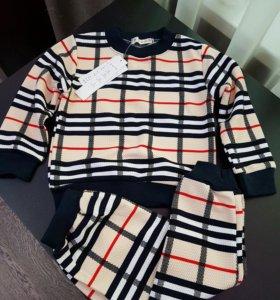 Новый костюм брючки и свитер для девочки
