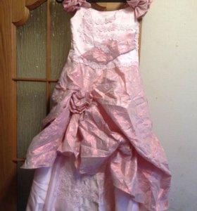 Нарядное платье, рост 146-152