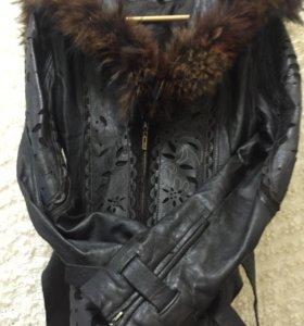 Кожаная куртка 44-46 р