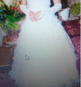 Свадебное платье р-р 46-48.