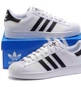Adidas Superstar. Кроссовки.