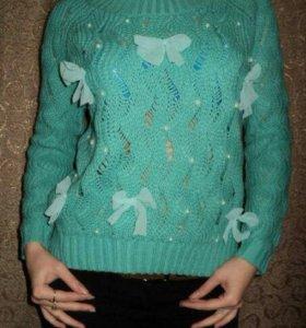 Кофта -свитер