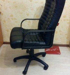 НОВОЕ компьютерное кресло