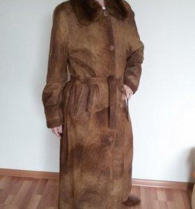 Не ношенное пальто нат. кожа Via Valente