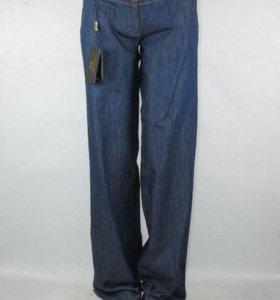 Брюки новые джинсовые