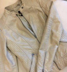 Куртка легкая