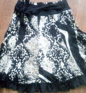 НОВАЯ!!!!Продам юбку новую 46 размер