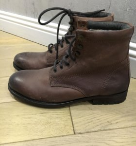 Ботинки мужские 42новые