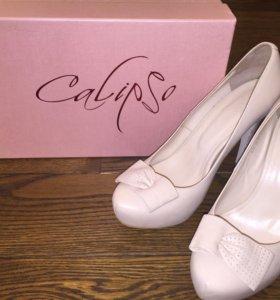 Женские туфли Calipso