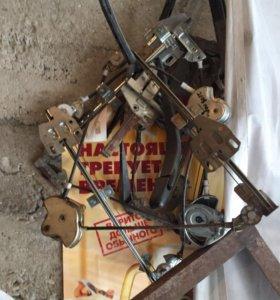 Стеклоподъемники механические (ручные)