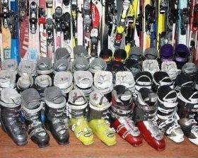 Горные лыжи Сноуборды Боты Шлемы Чехлы Маски