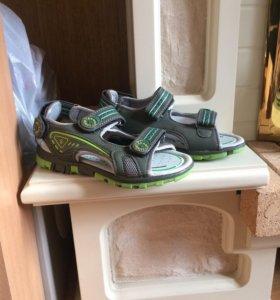 Продам обувь-сандали