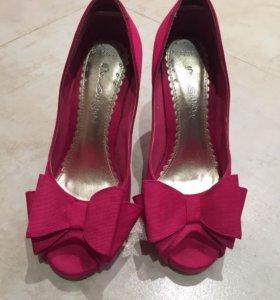 Туфли в идеальном состоянии, размер 37