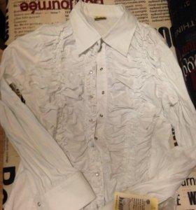Блузка новая кипельно белая