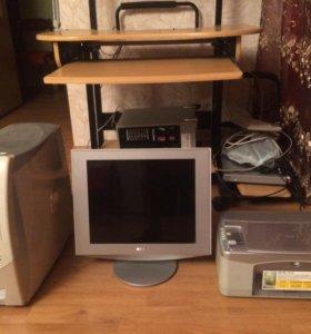 Комъютер(монитор ,системник ) принтер , стол
