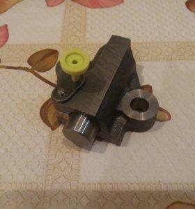 натяжное устройство цепи ГРМ Nissan Terrano