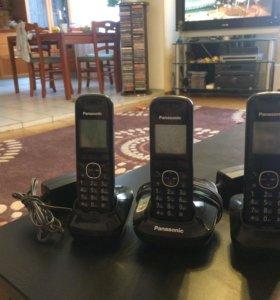 Домашний радиотелефон Panasonic.