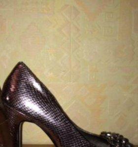 Туфли женские новые, 38 р