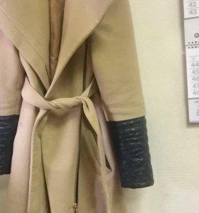 Очень красивое, тёплое пальто