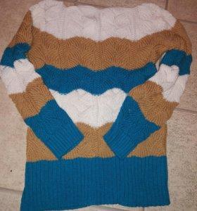 Красивый свитер 48р