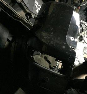 Задний бампер на Оутлендер XL