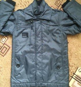 Осенне-весенняя куртка рост 122