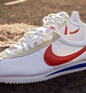 Nike Cortez. Кроссовки.