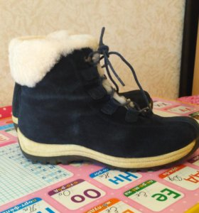 Зимние ботинки,фирма калипсо