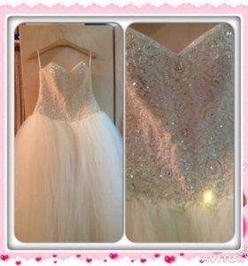 Свадебный комплект в аренду:платье,фота,шуба.