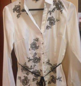 Стильная классическая блузка  Ostin, размер М