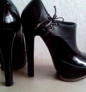 Ботинки новые натуральные