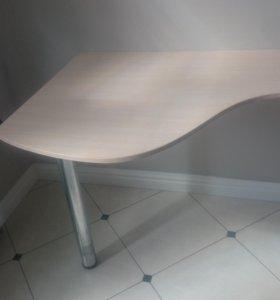 Столы письменные .