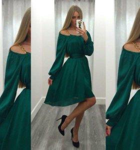 Платья новые, размер 42-44