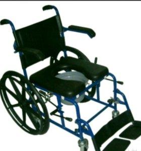 Новое инвалидное кресло с санитарным оснащением