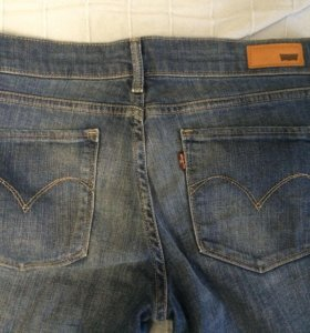 Levi's джинсы
