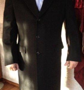 Мужское кашемировое пальто  Brioni